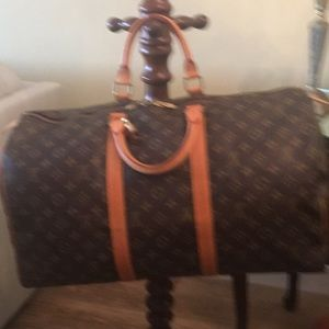 Authentic Louis Vuitton Carry All 50